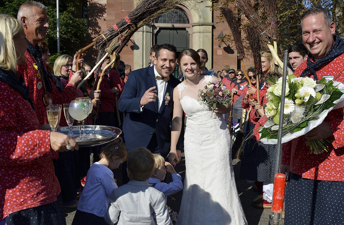 Hochzeit mit seiner Sara: Martin Schneider hat in »Bische« sein Ja-Wort gegeben