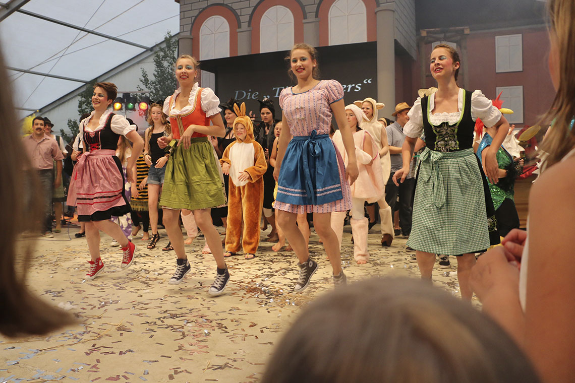 Read more about the article Schliffdi-Crew zog »Disse-Ernschd« liebevoll durch den Kakao